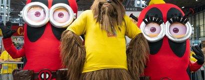 Cosplay_Wookie_&_Deadpool_Minions.jpg